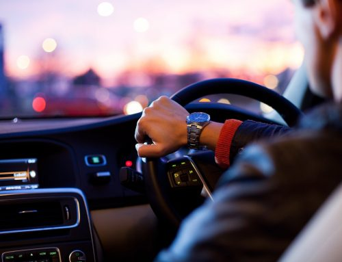 Six Things You Should Know Before Selecting a Driving Instructor